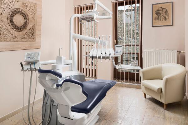 DRN Zahnarztpraxis in Sopron